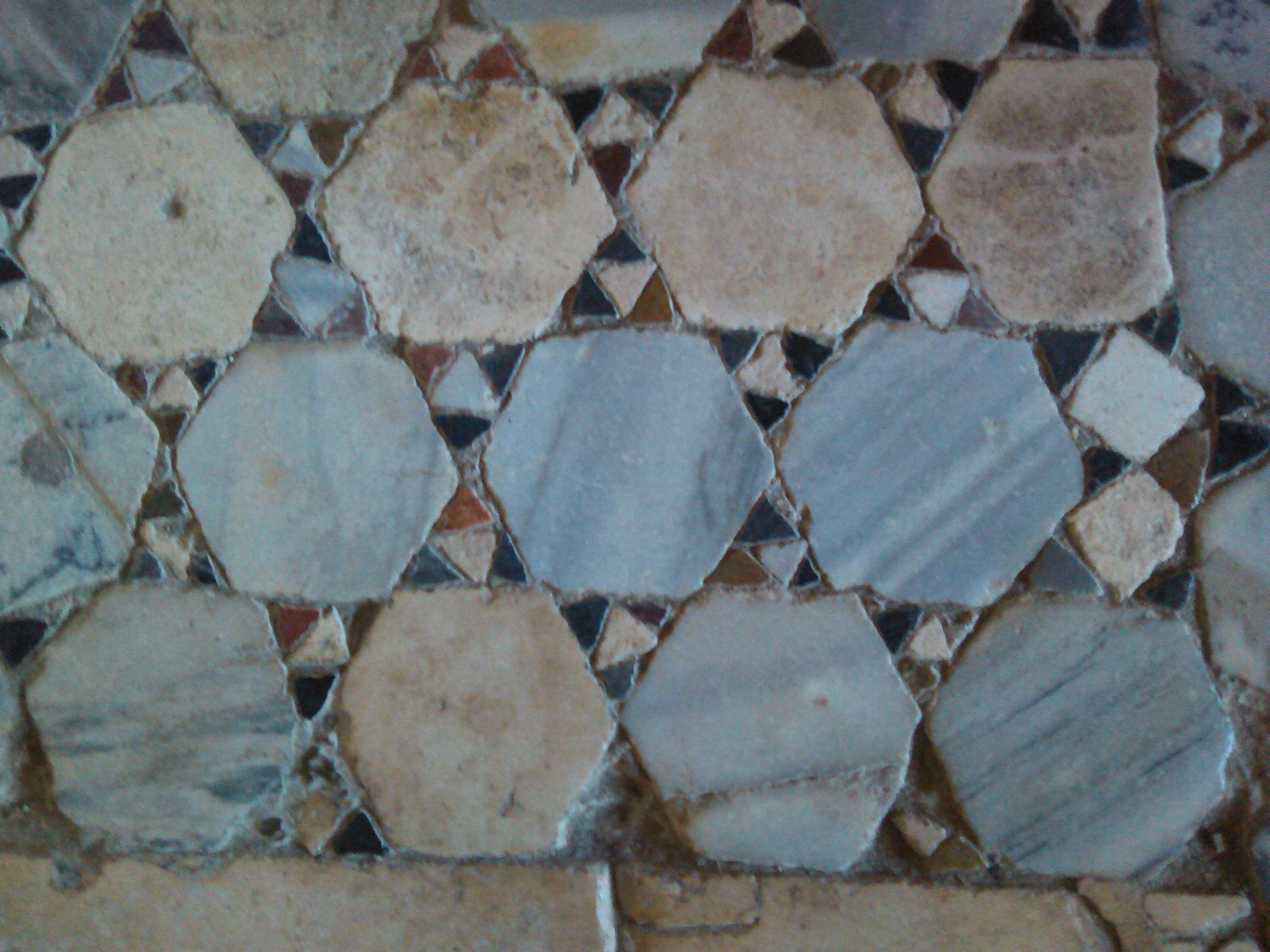 Detail des Fußbodens in der Nikolausbasilika zu Myra